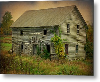 Where Memories Dwell Metal Print by Terry Eve Tanner