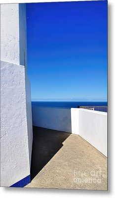 White And Blue To Ocean View Metal Print by Kaye Menner