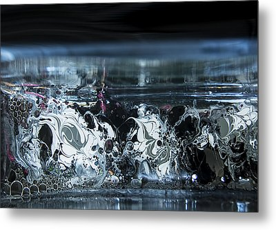 White Silver Fluid Motion 5 Metal Print