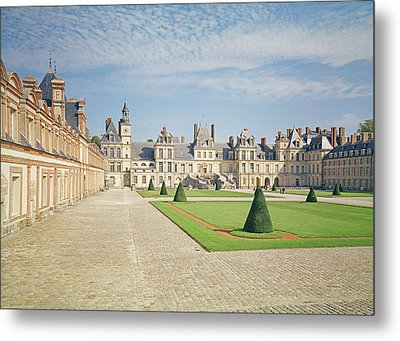 White Horse Courtyard, Palace Of Fontainebleau Photo Metal Print