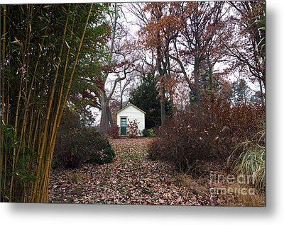 White House In The Garden Metal Print by John Rizzuto