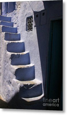 Whitewashed Steps In The Medina Of Asilah On Northwest Tip Of Atlantic Coast Of Morocco Metal Print