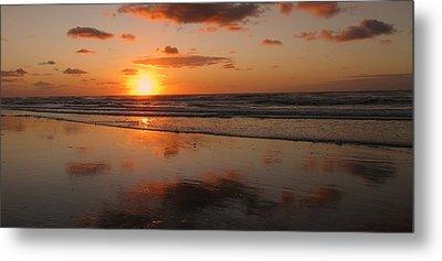 Wildwood Beach Sunrise Metal Print by David Dehner