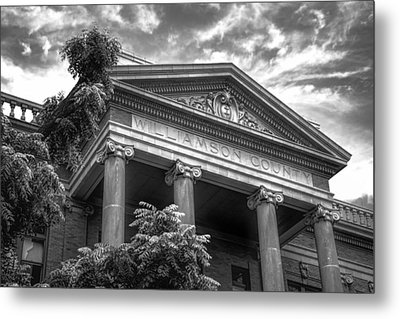 Williamson County Courthouse Bw Metal Print by Joan Carroll