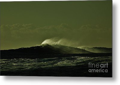 Wind And Waves Metal Print by Craig Wood