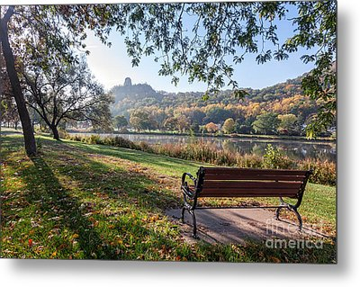 Winona Gift - Seat With A View Metal Print by Kari Yearous