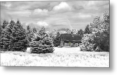 Winter House On The Prairie Metal Print by John Hix