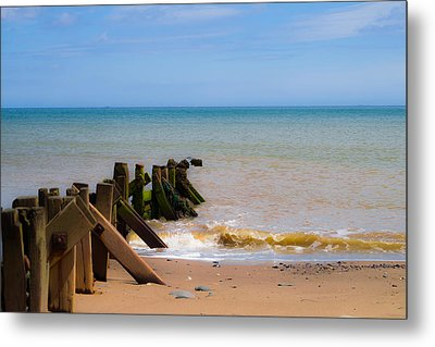 Withernsea Groynes Metal Print by Scott Lyons
