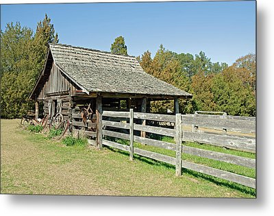 Metal Print featuring the photograph Wooden Barn by Charles Beeler