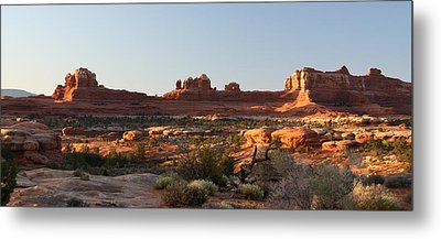 Wooden Shoe Arch In Canyonlands Np Metal Print