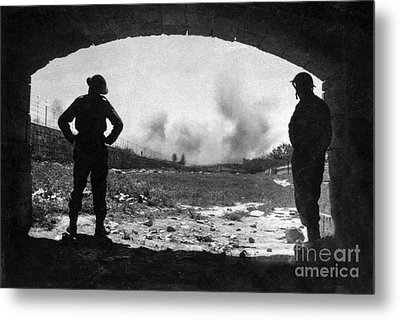 World War 2 Metal Print by Brian Roscorla