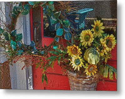 Wreath And The Red Door Metal Print by Michael Thomas