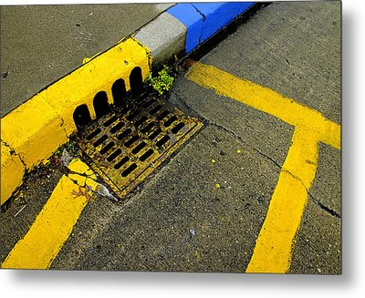 Yellow Lines And Sewer Grate On Street Metal Print by Panoramic Images