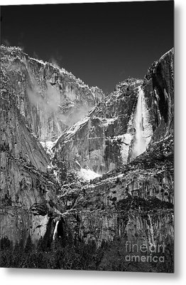 Yosemite Falls In Black And White II Metal Print by Bill Gallagher