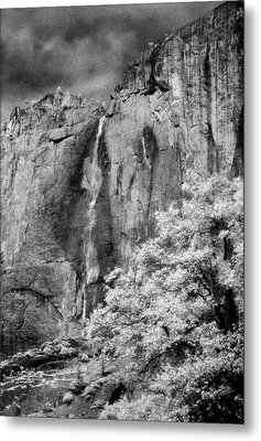 Metal Print featuring the photograph Yosemite Falls by Mark Greenberg