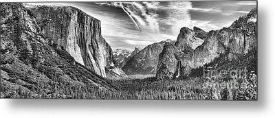 Yosemite Panoramic Metal Print