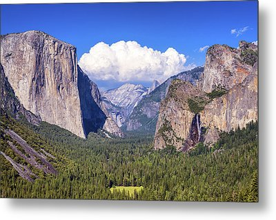 Yosemite Valley Beauty Metal Print by Joseph S Giacalone