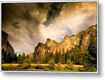 Metal Print featuring the photograph Yosemite Valley Spring 2013 by Janis Knight