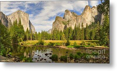 Yosemite Valley View Panorama Metal Print