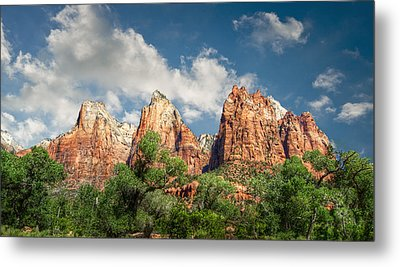 Metal Print featuring the photograph Zion Court Of The Patriarchs by Tammy Wetzel