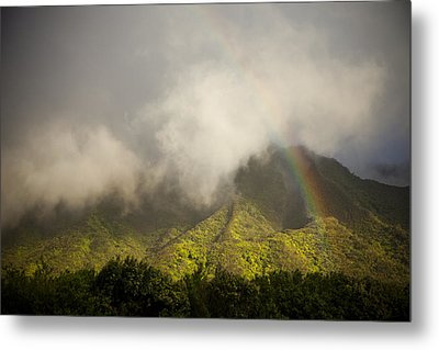 A Rainbow Shines Over The Rugged Metal Print by Taylor S. Kennedy