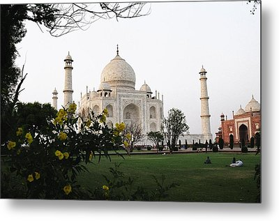 View Of Taj Mahal Metal Print