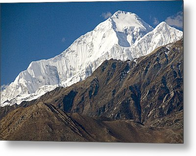 A View Of Dhaulagiri From The North Metal Print by Stephen Sharnoff