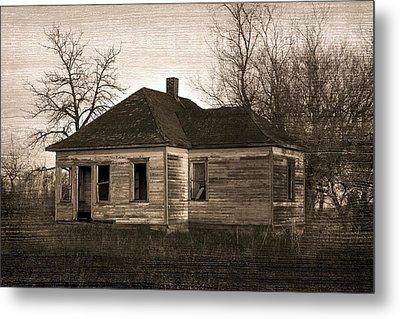 Abandoned Farm House Metal Print by Richard Wear