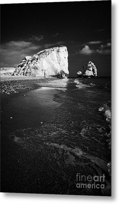 Aphrodites Rock Petra Tou Romiou Republic Of Cyprus Europe Metal Print by Joe Fox