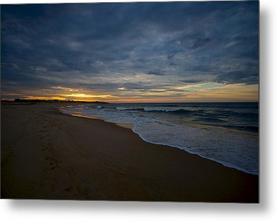 Beach Sunrise Metal Print by Mike Horvath