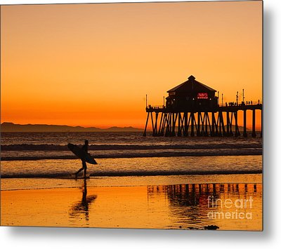 Metal Print featuring the photograph Call It A Night by Everette McMahan jr