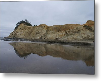 Cape Kiwanda Metal Print by Jerry Cahill