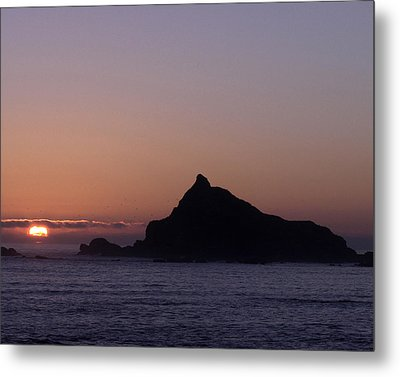 Metal Print featuring the photograph Castle Rock Sunset by Betty Depee