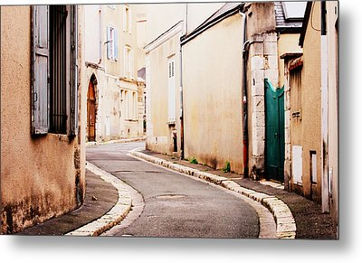 Chartres Metal Print by Rosemarie Hakim