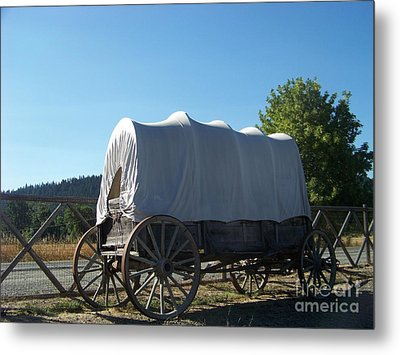 Covered Wagon Metal Print by Charles Robinson
