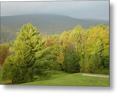 Early Autumn In Vermont Metal Print by Margrit Schlatter