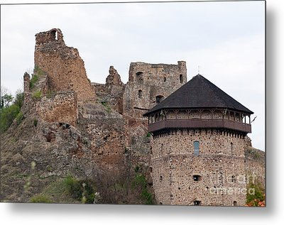 Metal Print featuring the photograph Filakovo Hrad - Castle by Les Palenik