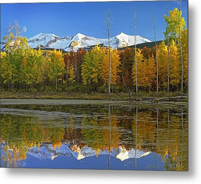 Full Moon Over East Beckwith Mountain Metal Print by Tim Fitzharris