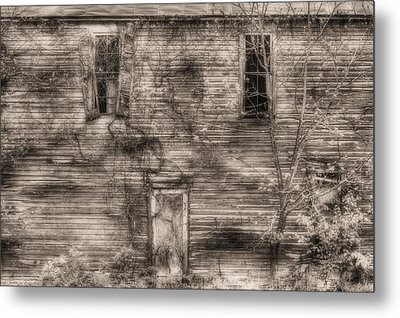 Haunting  Metal Print by JC Findley