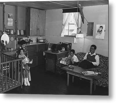 Japanese American Family Interned Metal Print by Everett