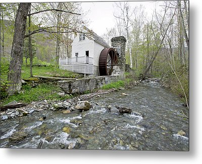 Old Dorset Grist Mill And Stream Metal Print