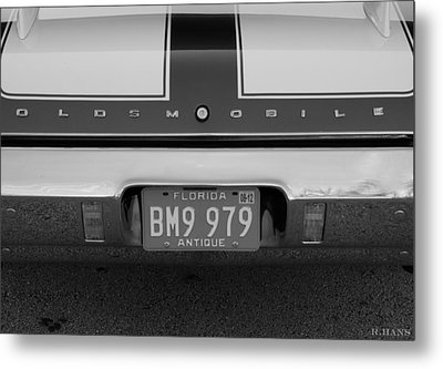 Olds Cs In Black And White Metal Print by Rob Hans