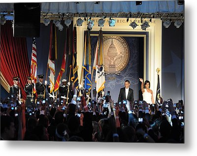 President And Michelle Obama Arrive Metal Print by Everett