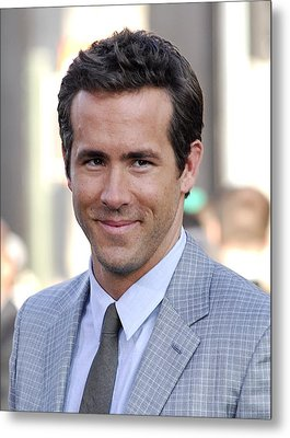 Ryan Reynolds At Arrivals For Green Metal Print by Everett