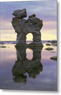 Sea Arch Metal Print by Bjorn Svensson