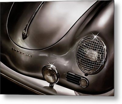 Silver Ghost Metal Print by Douglas Pittman
