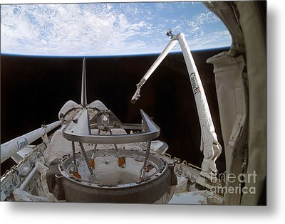 Space Shuttle Discoverys Payload Bay Metal Print by Stocktrek Images