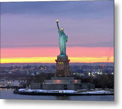 Statue Of Liberty At Sunset Metal Print by Mircea Veleanu