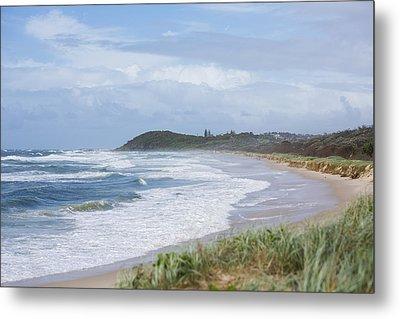 Storm Swell Waves On A Beach Metal Print by David Freund