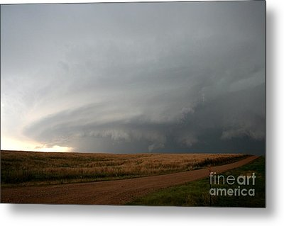 Supercell Thunderstorm Metal Print by Science Source